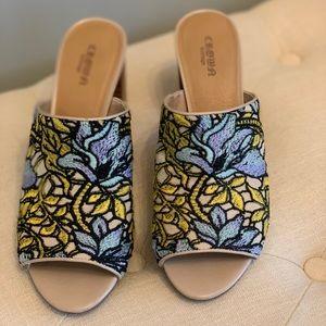 Crown Vintage floral slides